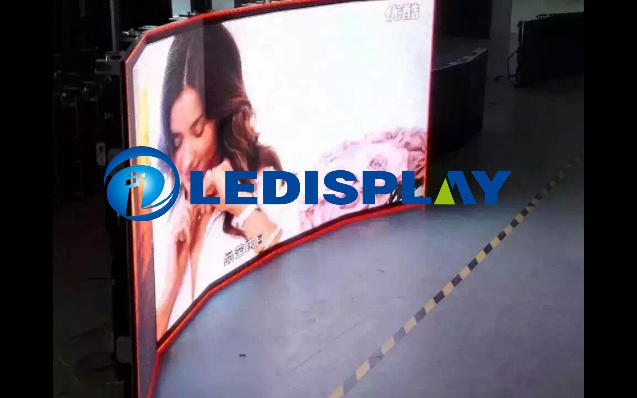 Curved indoor P4.81 LED display