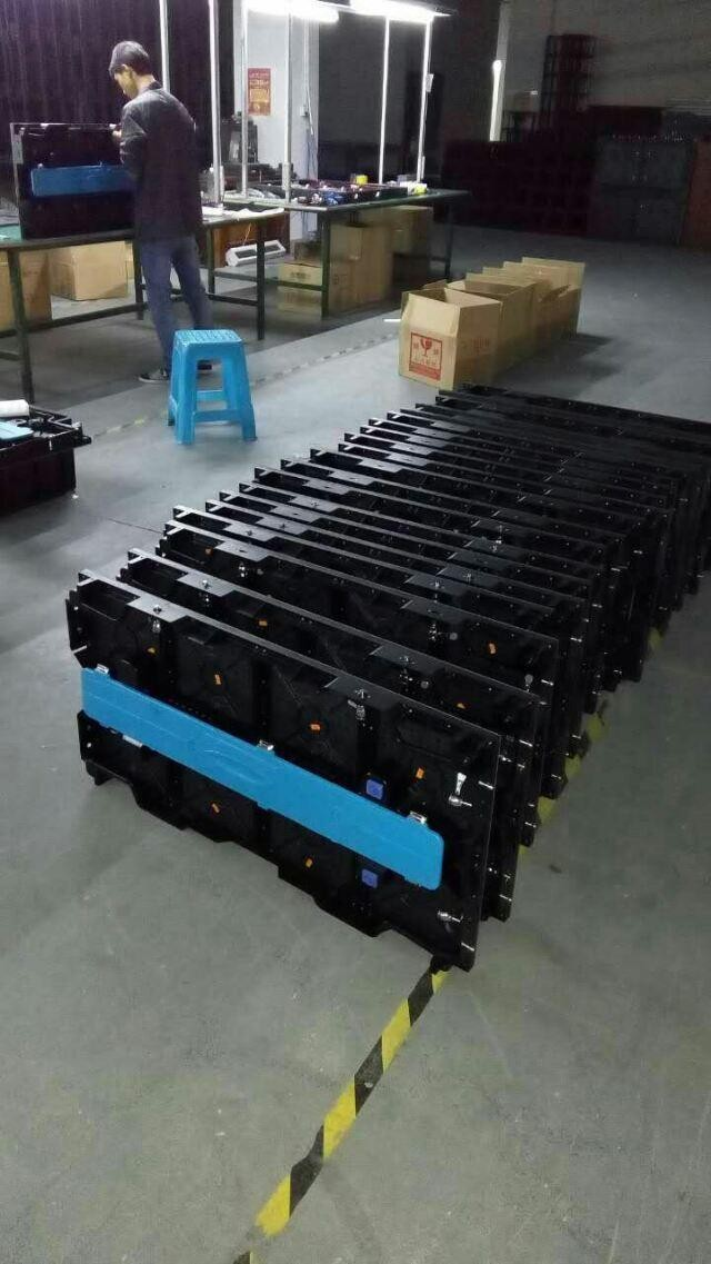 Outdoor P4.81 500mmx1000mm Rental LED display